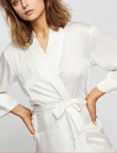 Silk Hearts Short Robe in Ivory