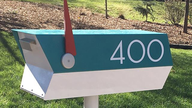 Mailbox number colors