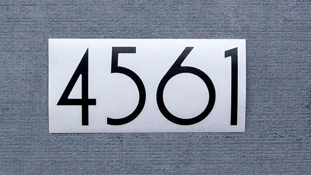 uninstalled vinyl numbers: arrive arranged in your number combination