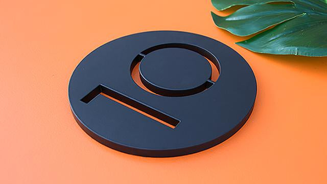 "Palm Springs 5"" round plaque, matte black powder coat"