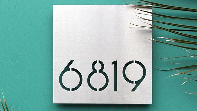 "Palm Springs 10"" white powder coated plaque"