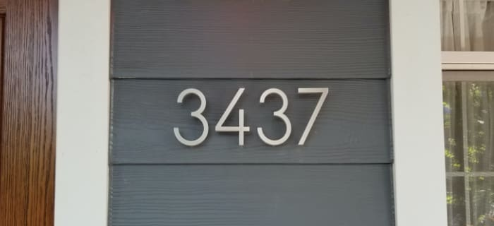 Modern Address Numbers Letters Plaques And Mailbox Numbers Modern House Numbers