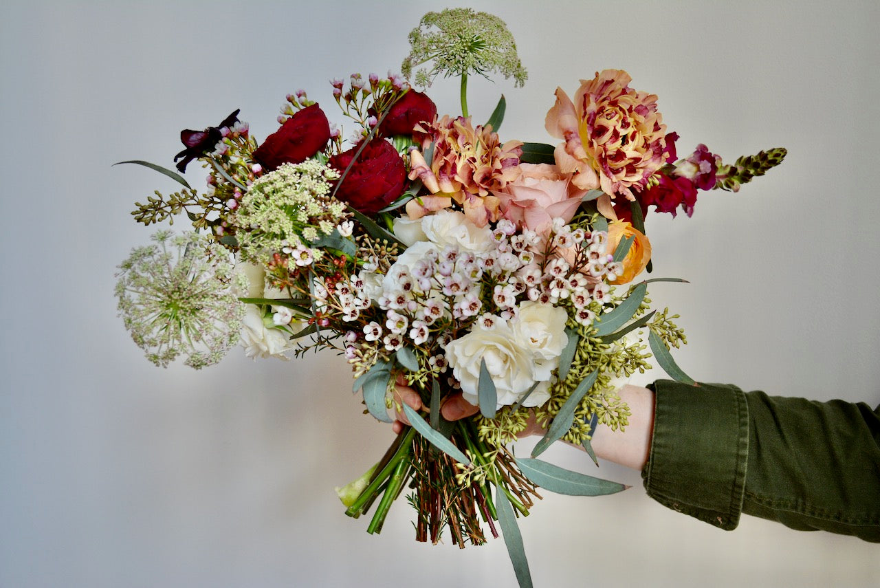 locally sourced organic wedding flowers in tacoma and south sound