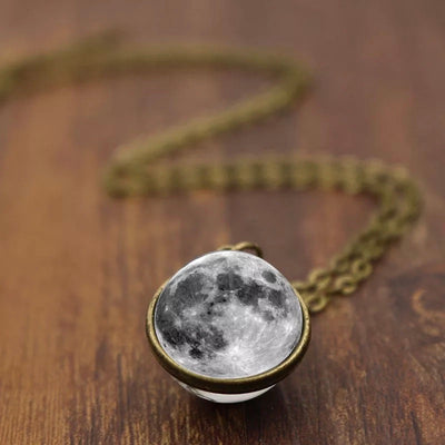 MOON NECKLACE 2.0