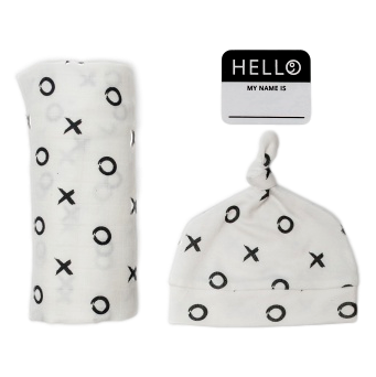 Lulujo Hello World Swaddle & Hat - Hugs and Kisses