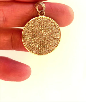 Load and play video in Gallery viewer, Pave diamond circle pendant in rose gold