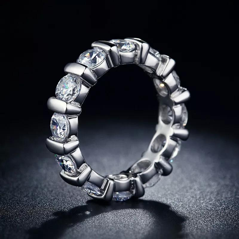 18k White Gold Round Cut Eternity Band Jewelry - DailySale