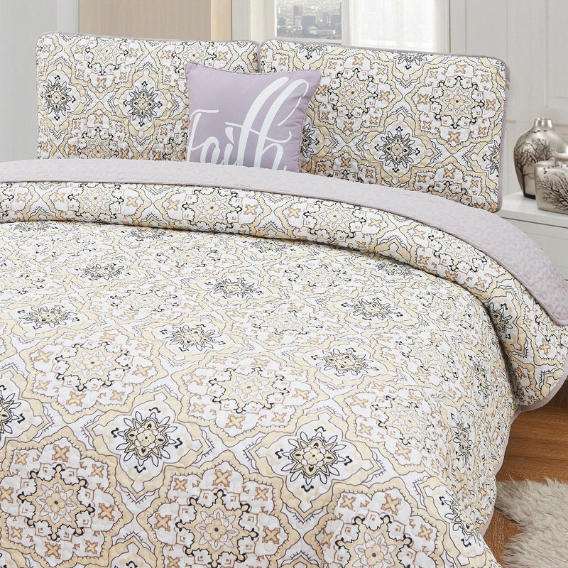 4-Piece Set: Printed Pattern Quilt Set Linen & Bedding King No. 5 - DailySale