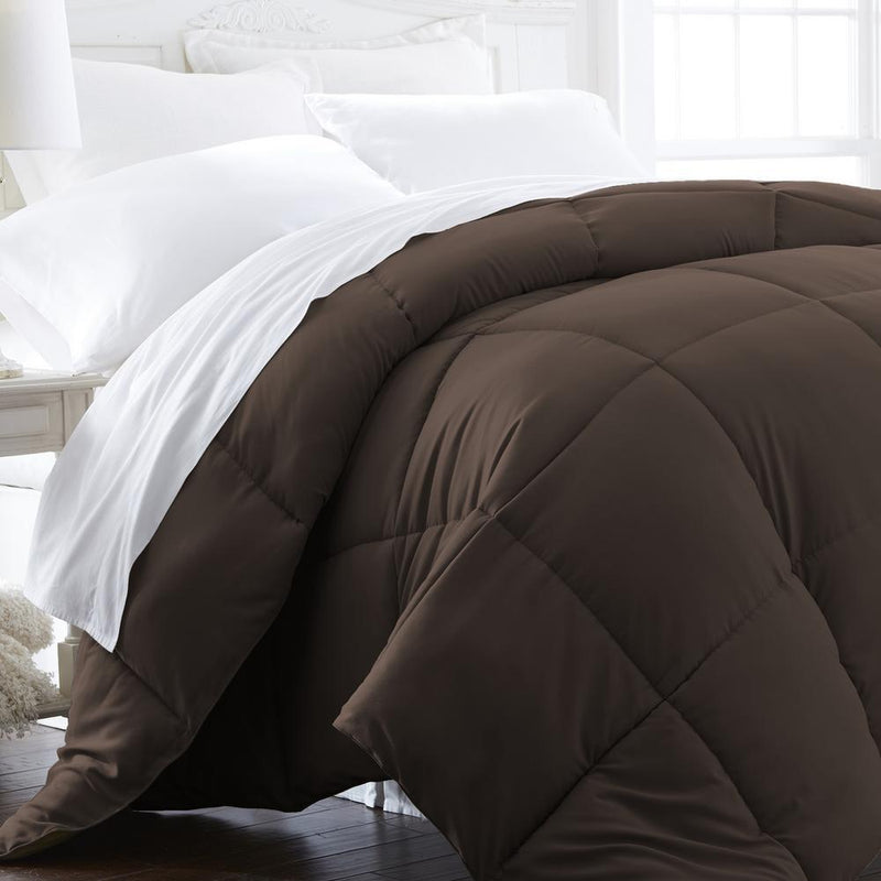 All-Season Down Alternative Hypoallergenic Comforter Bedding King/Cal King Chocolate - DailySale