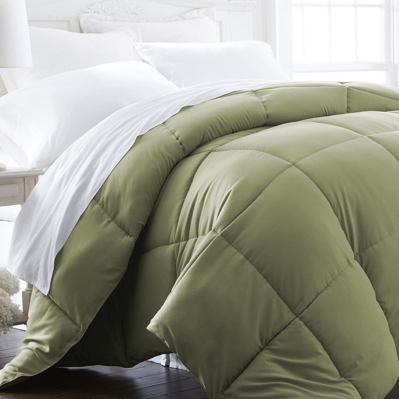 All-Season Down Alternative Hypoallergenic Comforter Bedding King/Cal King Sage - DailySale