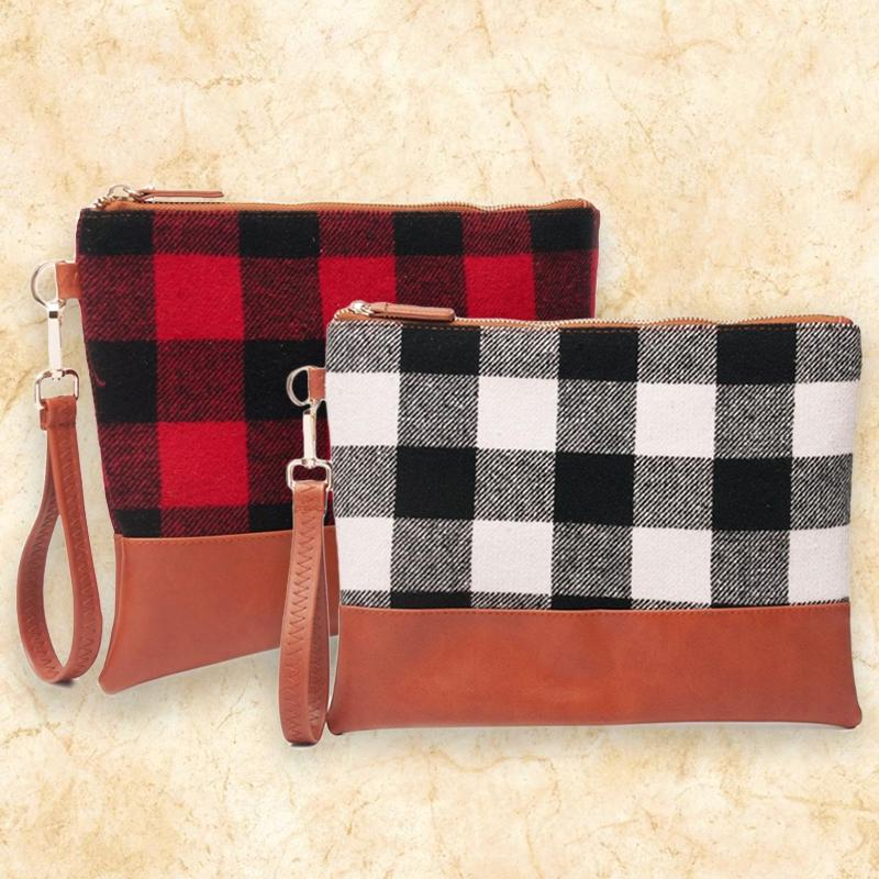 Buffalo Plaid Clutch Durable and Lightweight Wristlet Handbags & Wallets - DailySale