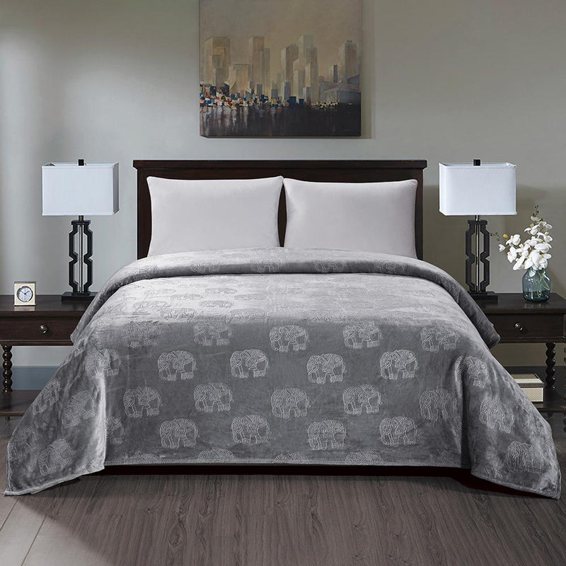 Premium Flannel Fleece Elephant Design Blanket Bed & Bath Queen Gray - DailySale