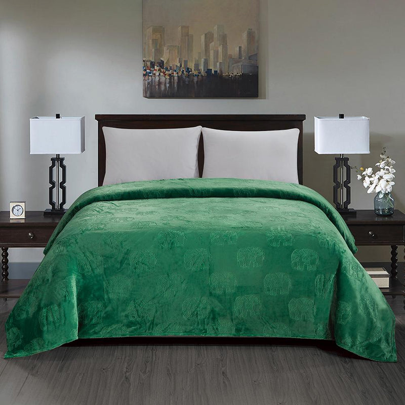 Premium Flannel Fleece Elephant Design Blanket Bed & Bath Queen Green - DailySale