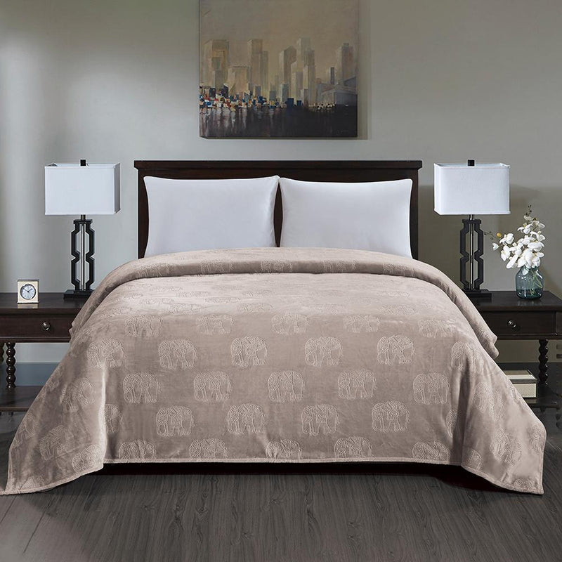 Premium Flannel Fleece Elephant Design Blanket Bed & Bath Queen Ivory - DailySale