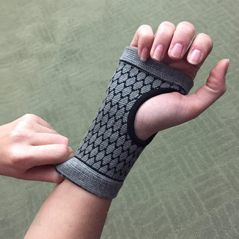 Self-Warming Carpal Support for Natural Relief Wellness & Fitness - DailySale