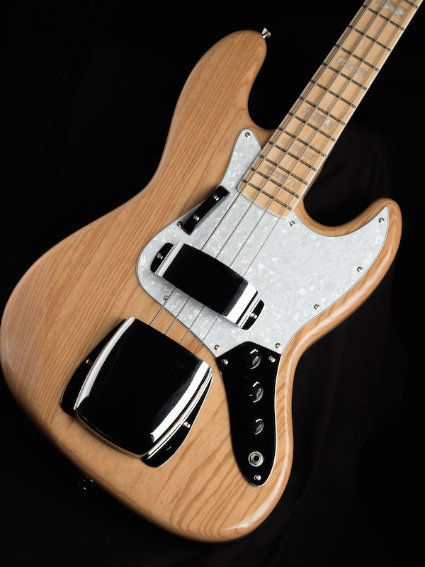 Revelation RBJ-67 DLX Jazz Bass