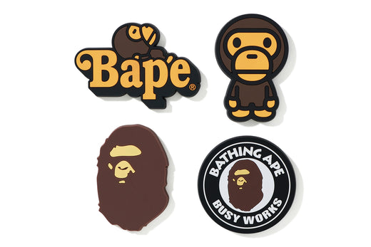 A BATHING APE MAGNET SET