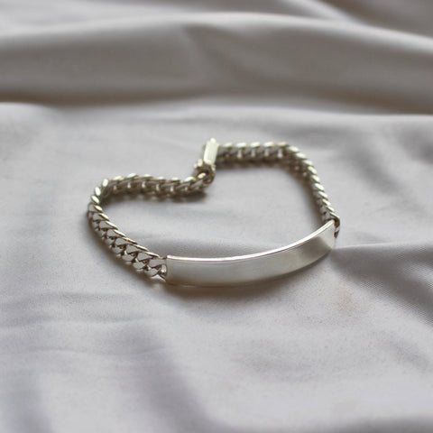 Simple bar bracelet【used】