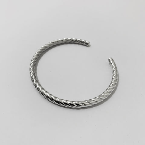 Silver Twist Bangle【used】