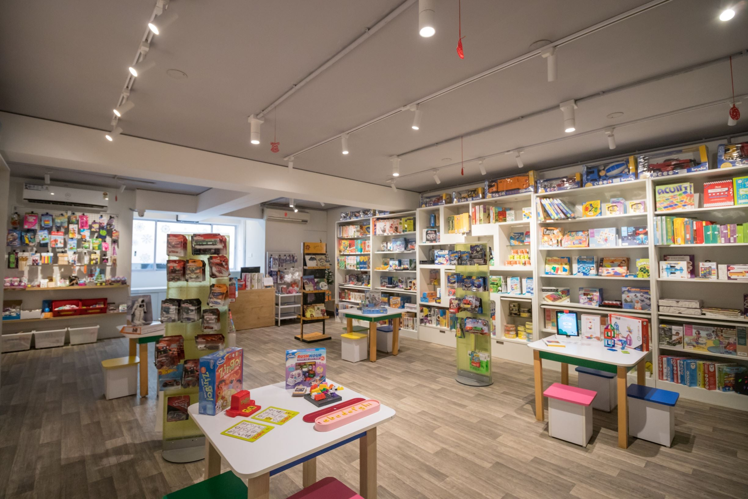 Full of Toys - The Experience Store