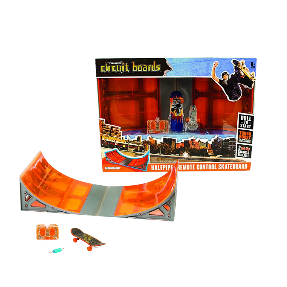 Hexbug Circuit Boards Halfpipe Remote Control Skateboard for the age 8+