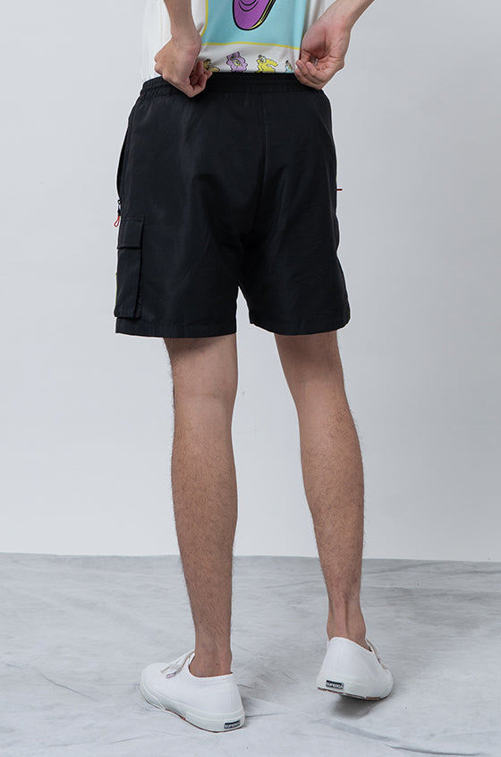 Load image into Gallery viewer, BLACK MUKLAY KARIS - The Big Pocket Shorts