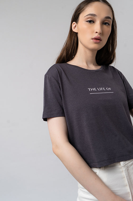 GREY DEXO - The Airy Graphic Cropped Tee