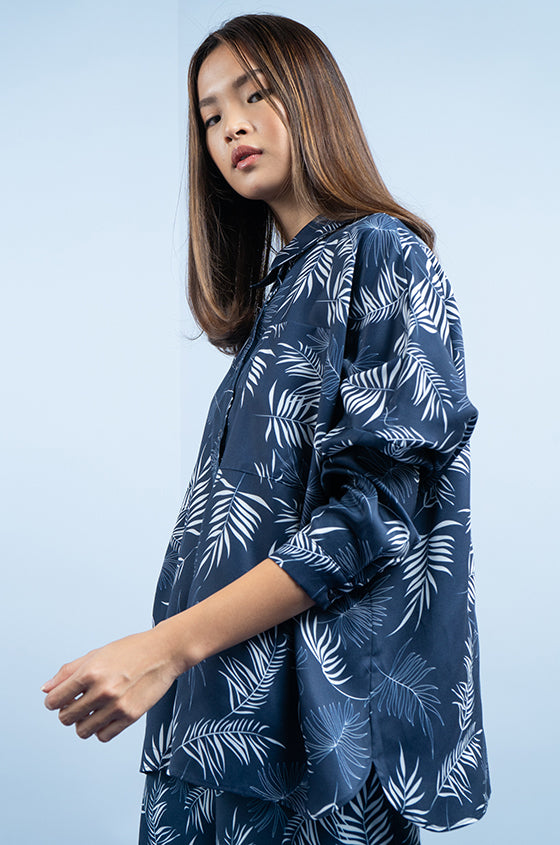 NAVY VISBY - The Lyocell Oversized Shirt