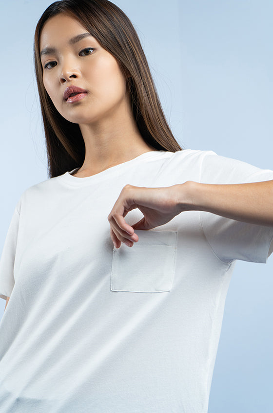 Load image into Gallery viewer, OFF-WHITE JULES TEE - The Airy Pocket Tee