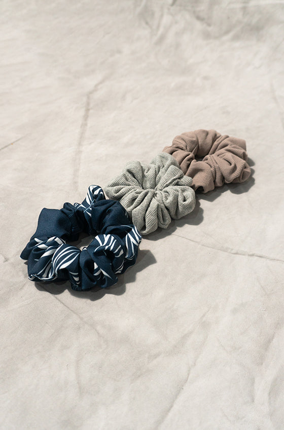 Load image into Gallery viewer, SCRUNCHIES SET A - Set of 3 Scrunchies