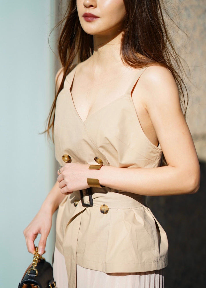 Docking trench one-piece