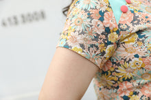 Load image into Gallery viewer, Blossom Cheongsam Top
