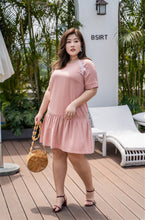 Load image into Gallery viewer, plus size pink drop waist dress with lace detail