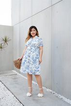 Load image into Gallery viewer, Plus Size Toile De Jouy Shirt Dress