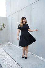 Load image into Gallery viewer, Plus Size Black Cocktail Dress with Jacquard Sleeves and Inverted Pleats