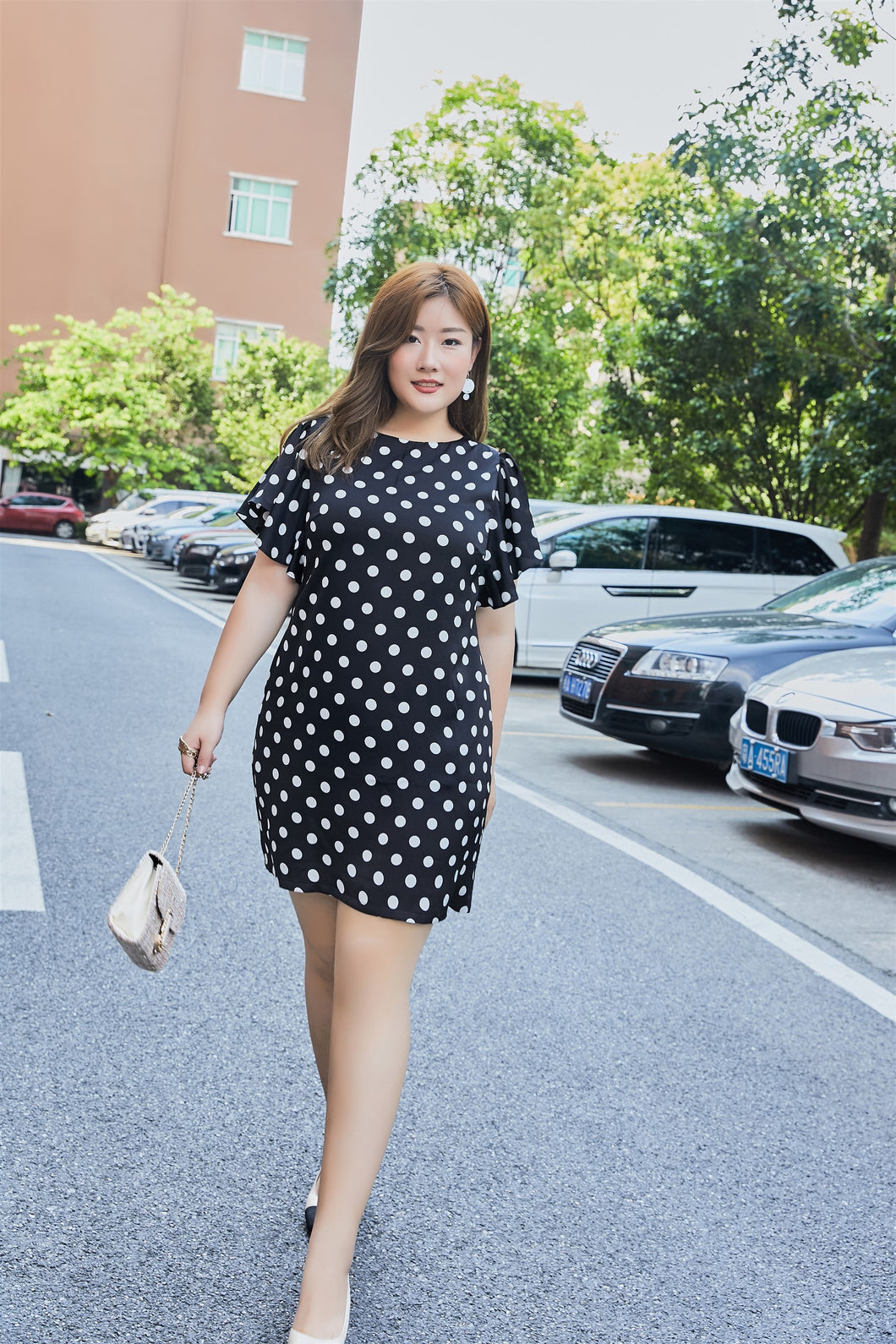 plus size black and white polka dot flutter sleeve shift dress