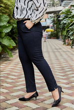 Load image into Gallery viewer, Giselle Slim Fit Crop Pant in Charcoal