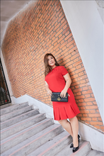 Load image into Gallery viewer, Plus size red mermaid tail dress with pleated v-neck