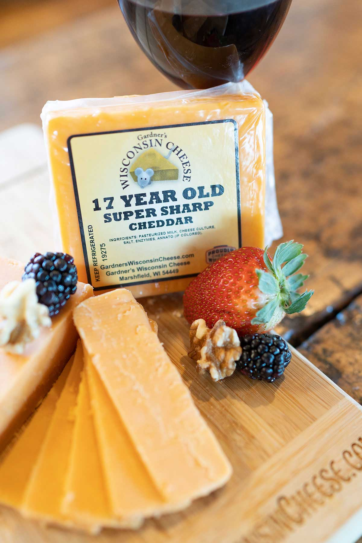 17-Year-Old Super-Sharp Cheddar - Gardners Wisconsin Cheese and Sausage