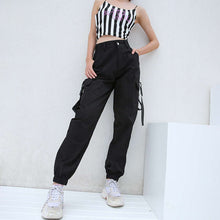 Load image into Gallery viewer, Women's Black Cargo Pants Loose Streetwear Hip Hop Trousers