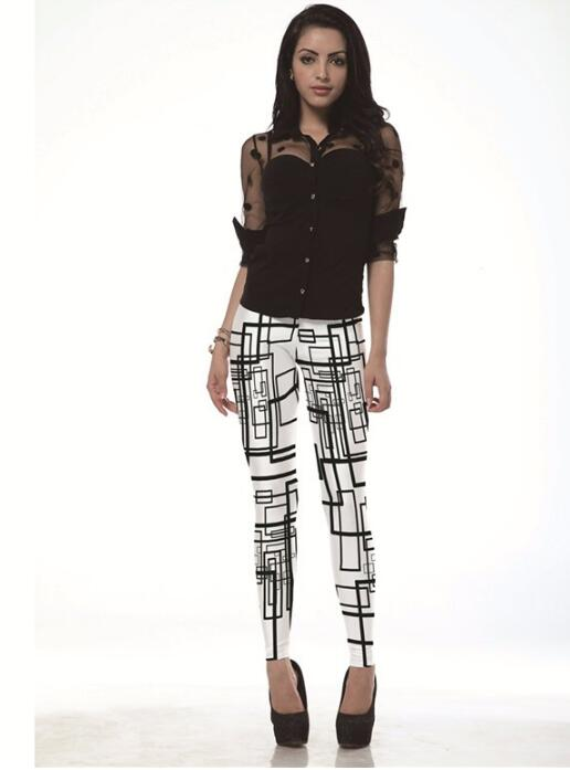 Women's Fashion Black Line Doodles Print Leggings