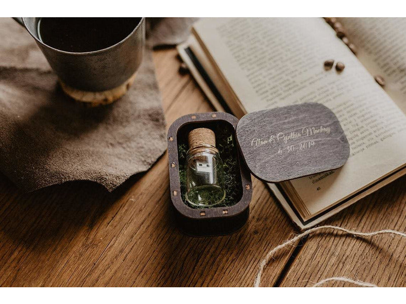Cork and bottle USB 3.0