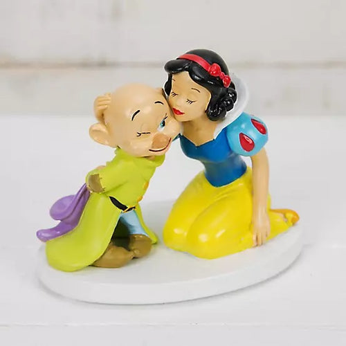Disney Magical Moments Figurine - Snow White and Dopey - The Celebrity Gift Company