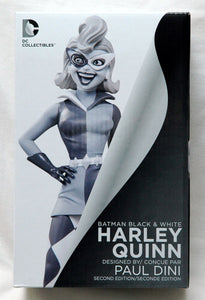 Batman Harley Quinn Black & White Statue - The Celebrity Gift Company