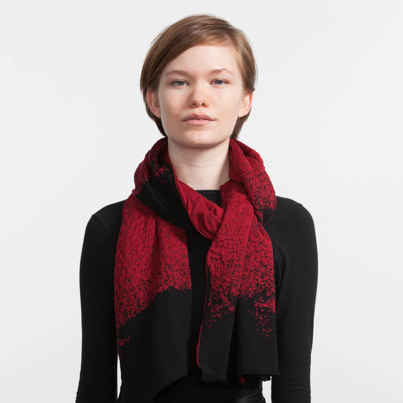 Pixelate shawl red