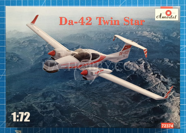 1/72 Diamond Da-42 Twin Star. Amodel 72374