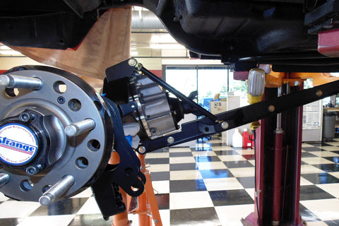 Strange Engineering full floating Ford nine-inch rear differential