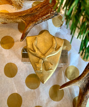 Load image into Gallery viewer, SHIELD WITH DEER ANTLERS NAPKIN RINGS