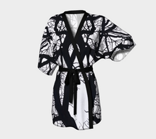 Load image into Gallery viewer, Camus Winter Tree Kimono Robe