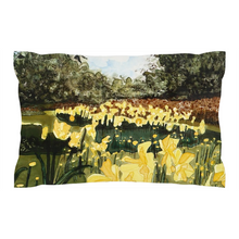 Load image into Gallery viewer, Sun Gardens Daffodil Pillow Shams